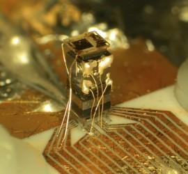orologio atomico su un chip